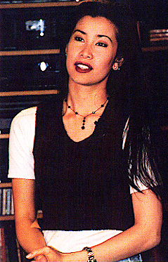 celeb plasticsurgery lisaa 239x373 20201203 Lisa Ling Before and After Plastic Surgery November 9, 2020