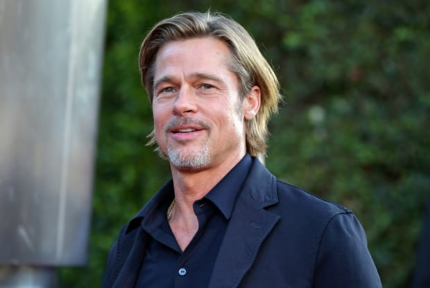 brad pitt attends the premiere of 20th century Evidence that Brad Pitt has had plastic surgery January 5, 2021