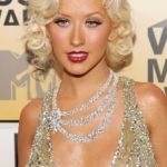 Deep details about Christina Aguilera's plastic surgery